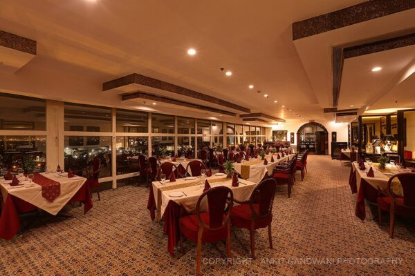 The Gourmet Indian Restaurant, Le Meridien, Janpath
